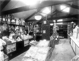Photo:Interior view of D.Dubowski's Stores, 136 Church Street 1922