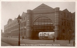 Photo:View of the entrance to the Great Central Railway Depot, Lisson Grove 1900